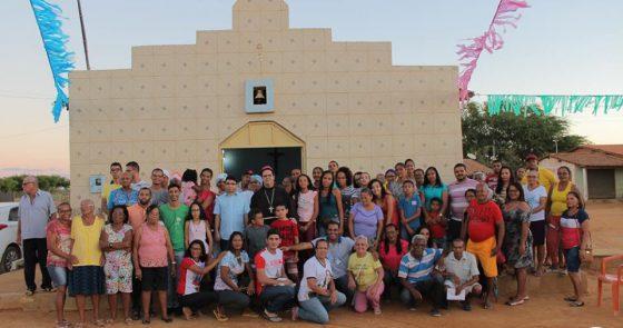 Paróquia Santo Antônio em Juazeiro recebe Visita Pastoral Missionária com a presença de Dom Beto e missão nas famílias
