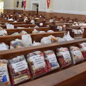 """Comissão """"É tempo de cuidar"""" realiza iniciativas solidárias em tempos de pandemia"""
